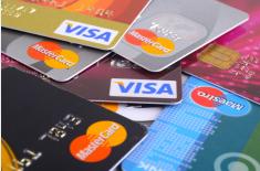 VISAデビットカード・國際キャッシュカード比較表 (2015年11月14日更新)