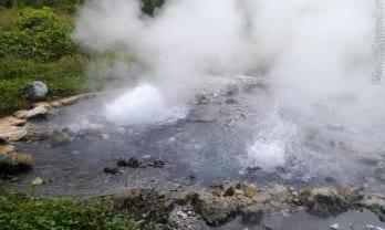 Pong Dueat Hot Spring ポンドゥアト温泉はパイ途中にあり