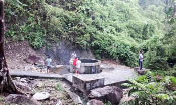 ハジャイ温泉はかぶり湯のみ ラノン