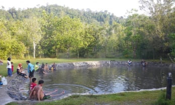 Khuan Kaeng Hot Spring クアンケン温泉は泥底