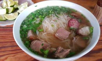 ベトナムの Pho ヌードルには味の素の添加あり