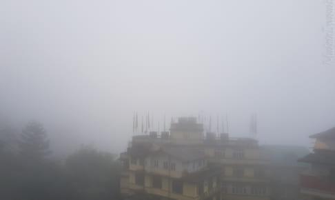 Gangtok は今朝は霧