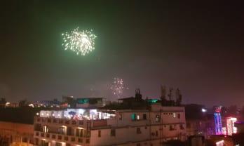 Delhi の Diwali 花火