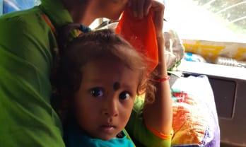 Kohalpur の宿は網戸付き+壁穴付きで蚊沢山