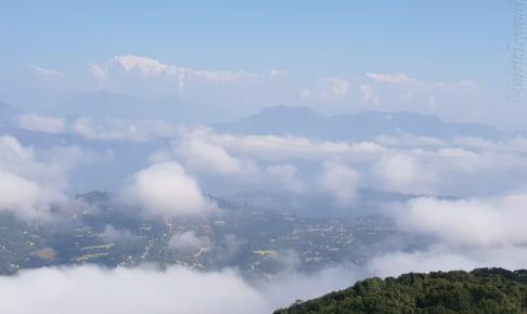 Tansen の展望台からアンナプルナが見える