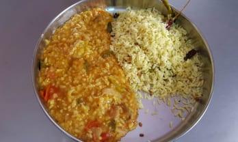 ベジタリアン Amma Unavagam の朝昼晩飯