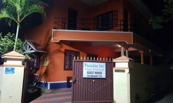 Paradise Inn Guest House in Alleppey, demand more money than booked price 382 Rs.