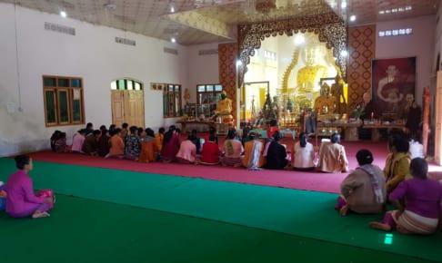 女たちの佛吟唱 Majhimārāma Vihāra