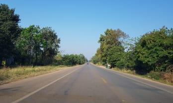 タイの道は良過ぎ、ミャンマーに比べたら