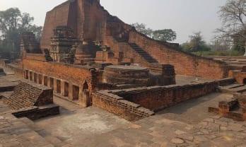 ナランダ遺跡と太陽寺院