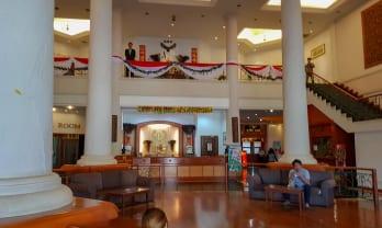 タチレクのカジノホテル