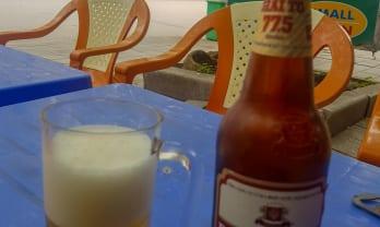 ベトナムの瓶ビールは小さい