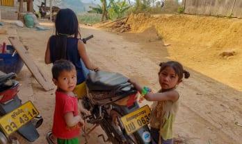 Nong Kheaw ボート川下り時刻料金表