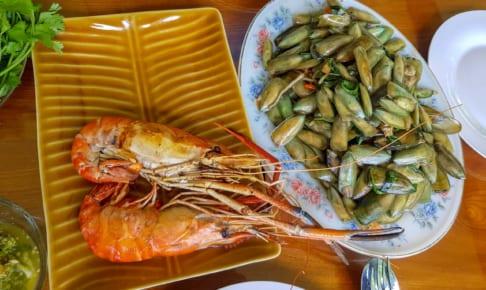 デカ海老と貝